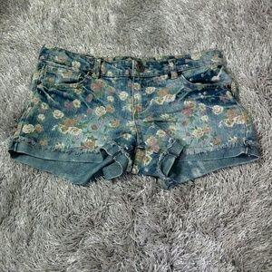 Ff21 Rose Jean Shorts